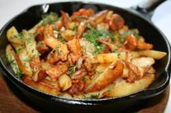 Жареные волнушки с картошкой