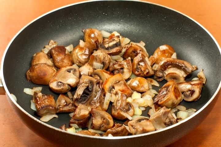 Жареные грибы рецепт с фото